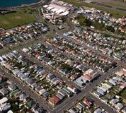 Vue aérienne banlieue de Wellington, Nouvelle Zélande Photographie stock libre de droits