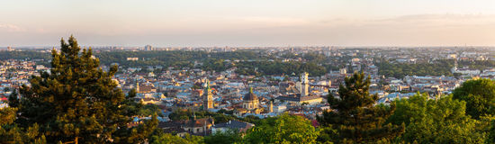 Vue aérienne de panorama de Lviv, Ukraine Photo stock