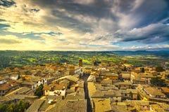 Vue aérienne de ville médiévale d'Orvieto l'Italie Images libres de droits