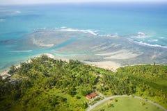 Vue aérienne du Porto Rico du nord-est Photographie stock