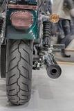 Vue arrière d'échappement de moto, photo d'intérieur Image stock