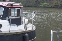 Vue arrière d'un bateau de sport image libre de droits