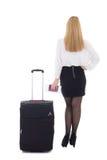 Vue arrière de femme d'affaires avec la valise, le passeport et le billet i Photo libre de droits