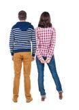 Vue arrière de jeunes couples Photos libres de droits