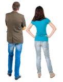 Vue arrière de jeunes couples Photo libre de droits