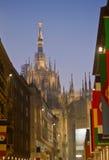 Vue arrière de Milan de Di de Duomo Images stock