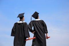 Vue arrière d'étudiant de diplômés Photographie stock libre de droits