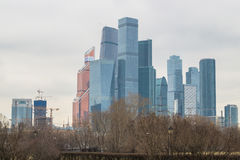 Vue au centre international MIBC d'affaires de Moscou de Fili Photos libres de droits