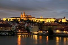 Vue au château de Prague photos stock