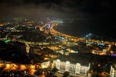 Vue au-dessus de la baie à Bakou, capitale de l'Azerbaïdjan, de Royal Suite dans l'hôtel de Fairmont Images stock