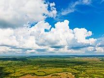 Vue au-dessus de la terre sur le point de repère vers le bas Image libre de droits