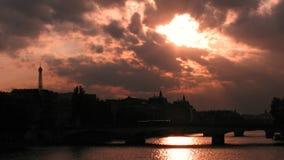 Vue au-dessus de Paris, France, Tour Eiffel, la Seine Photos stock