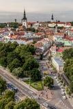 Vue au-dessus de vieille ville de Tallinn photographie stock libre de droits