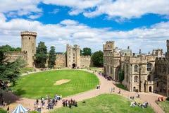 Vue au-dessus de Warwick Castle, Angleterre Photographie stock libre de droits