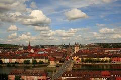 Vue au-dessus de Wurtzbourg Allemagne Photos stock