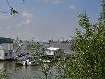 Vue au-dessus du Danube dans Braila, Roumanie Photos stock