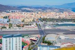 Vue au-dessus du Gibraltar et de la piste Photographie stock libre de droits