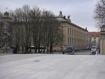 Vue au-dessus du pont de friedrichsbrucke à Berlin vers l'Alte Musem images libres de droits