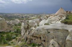 Vue au-dessus du rouge/de vallée de Rose, Cappadocia, Turquie image stock