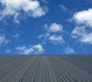 Vue au-dessus du toit de bidon Photographie stock