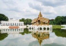 Vue au pavillon d'Aisawan Dhipaya-Asana en Thaïlande photographie stock libre de droits