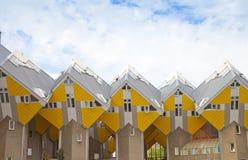 Vue aux maisons célèbres de cubes de Rotterdam, Pays-Bas Images stock