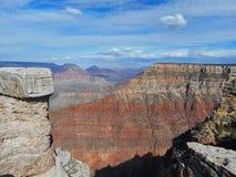 vue aux roches dans le canyon grand photo stock