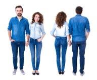 Vue avant et arrière des couples heureux d'isolement sur le blanc Photos stock