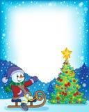 Vue avec l'arbre de Noël et le bonhomme de neige 4 Images libres de droits