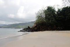 Vue blanche de plage de sables Photographie stock