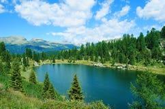 Vue calme de lac Photos stock