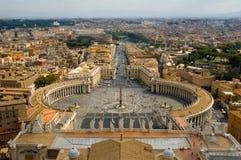 Vue carrée de rue Peters Vatican de l'Italie Photo libre de droits