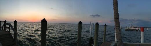 Vue Charlotte Harbour, Punta Gords, la Floride d'oeil du ` s d'oiseau Image stock