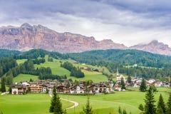 Vue chez Alta Badia en dolomites de l'Italie Image stock