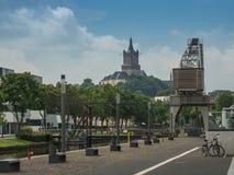 vue chez le Schwanenburg du vieux port, Kleve photo libre de droits