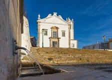 Vue d'église de Martinho de sao dans le village d'estoi Photos stock