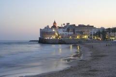 Vue d'église de Sitges Photos stock