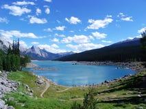 Vue d'été de lac de montagne Photos libres de droits