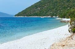 Vue d'été de plage d'Antisamos (Grèce, Kefalonia) Image libre de droits