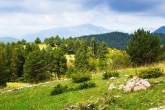 Vue d'été des montagnes de Pyrénées Images libres de droits