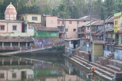Vue d'étang sacré de Koti Tirtha Photographie stock libre de droits