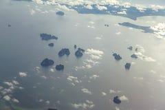 Vue d'île de Krabi d'avion images stock