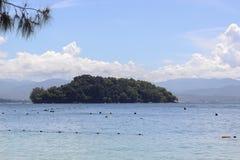 Vue d'île de Manukan, Sabah, Malaisie Photographie stock libre de droits
