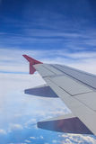 Vue d'aile d'avion à réaction Photographie stock libre de droits