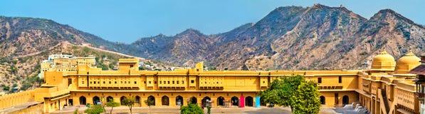 Vue d'Amer Fort à Jaipur Une attraction touristique importante au Ràjasthàn, Inde Images libres de droits