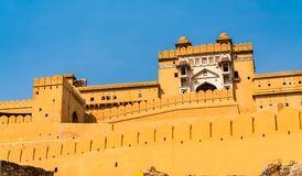 Vue d'Amer Fort à Jaipur Une attraction touristique importante au Ràjasthàn, Inde Photos stock