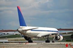 Vue d'arrière d'avion d'avion à réaction Photos libres de droits