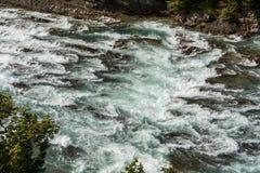 Vue d'automne d'arc et de rivière d'arc Photographie stock