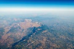 Vue d'avion d'horizon de la terre Photos stock