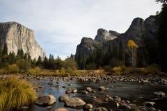 Vue d'EL Capitan dans Yosemite Photographie stock libre de droits